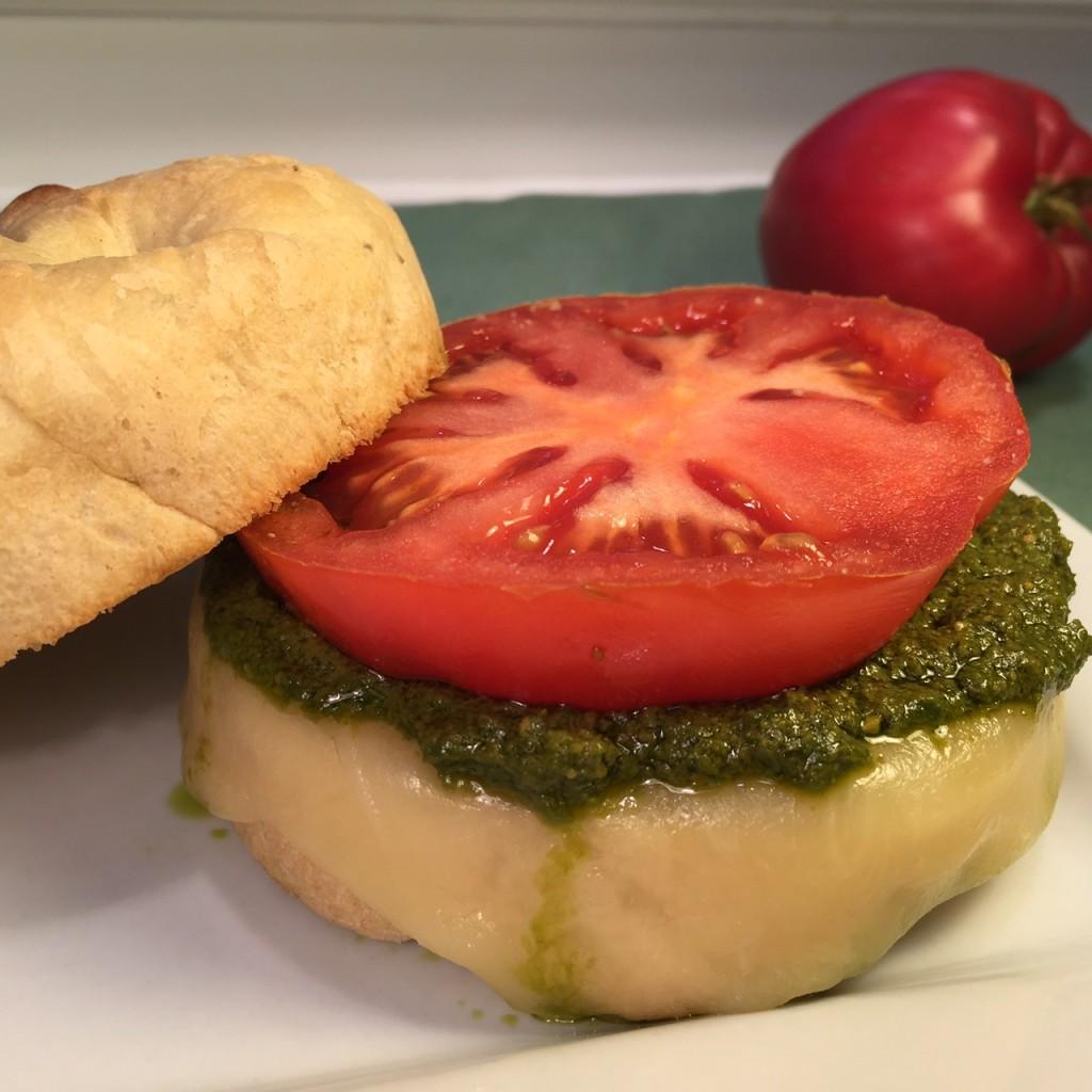 TOASTY TOMATO PESTO SANDWICH