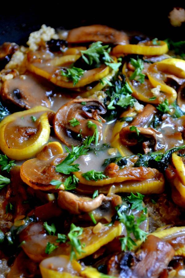quinoa with sauteed veggies & gravy
