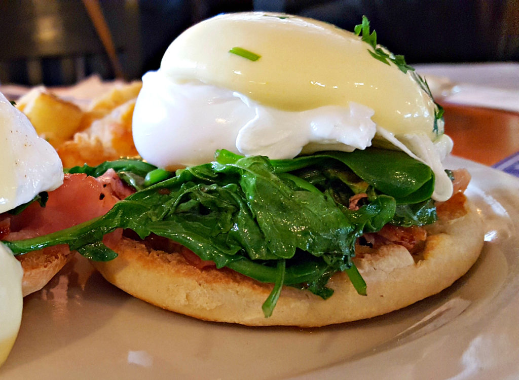Under-The-Sun-Eatery-Benedict-Brunch